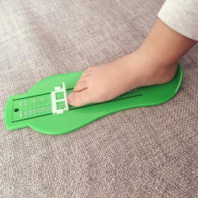 Pomůcka na měření velikosti chodidla 1