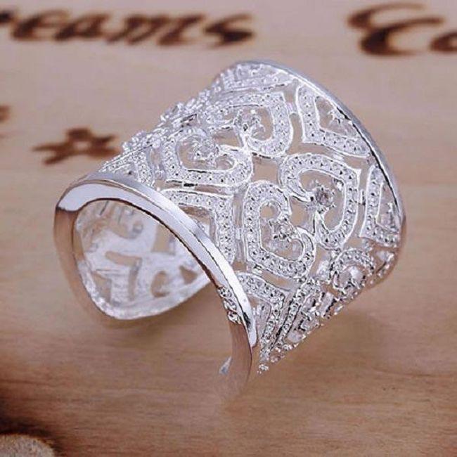 Кольцо с блестящими сердечками 1