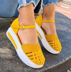 Női platform cipő Hannah