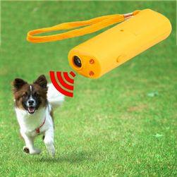 Ultrahangos síp kutyák számára LED-es lámpával