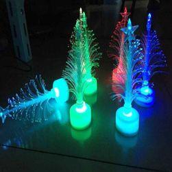 Новогодняя елка с подсветкой