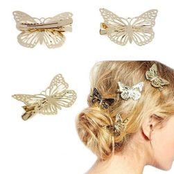 Kapaszkodó pillangók a hajhoz