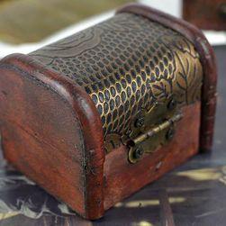 Kutija za nakit u vintage stilu