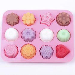 Szilikon öntőforma jég és édességek számára - 12 különböző nyílás