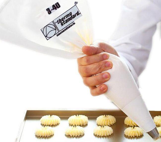 Vrečka za izdelavo ali okrasitev sladic ali tort 1