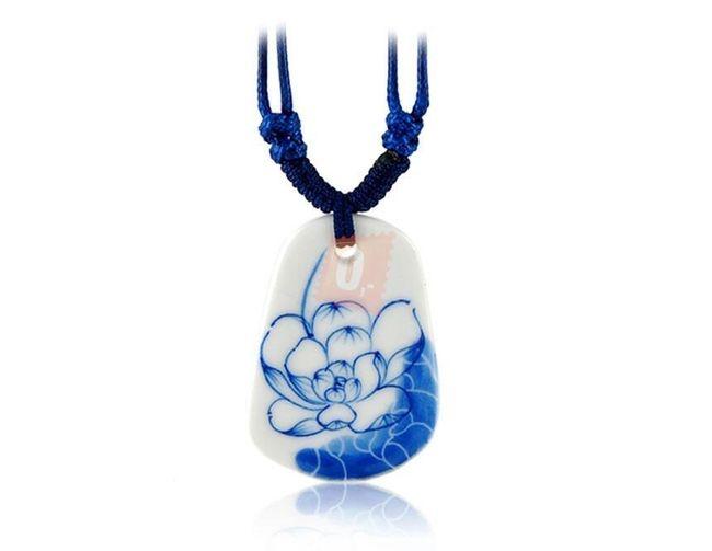 Náhrdelník s keramickým přívěškem - modrý 1