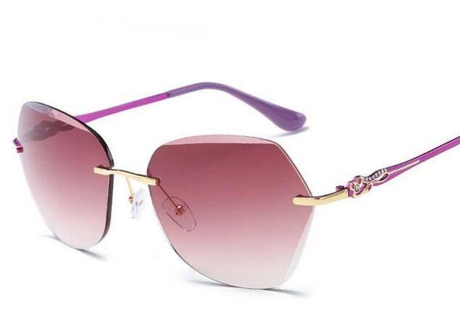 Hranaté sluneční brýle s ornamentem 1