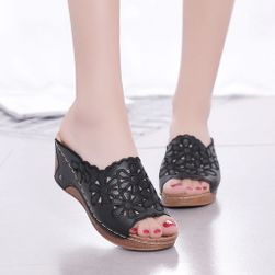 Papuci de dama cu talpa inalta Illony