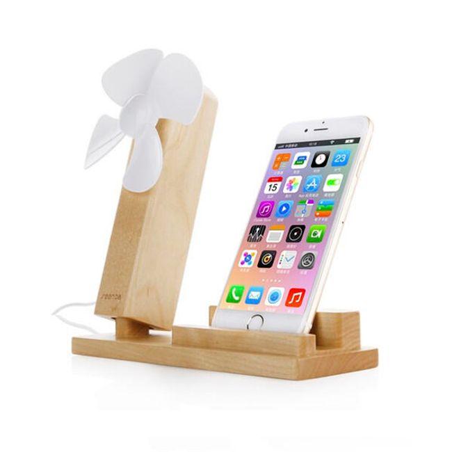 Designová dřevěná sada stojánku na smartphone s větráčkem 1