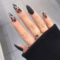 Sztuczne paznokcie HG45
