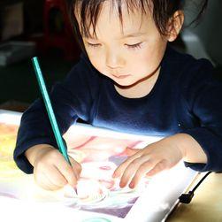 Tabletă LED pentru desen