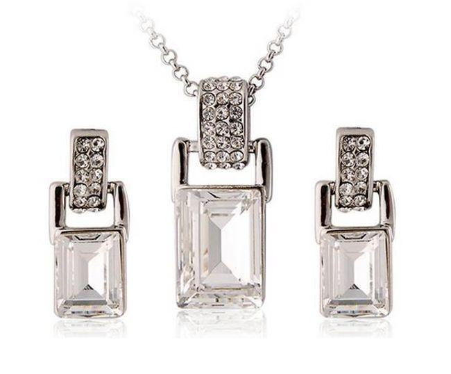 Elegantní set šperků - náhrdelník a náušnice 1