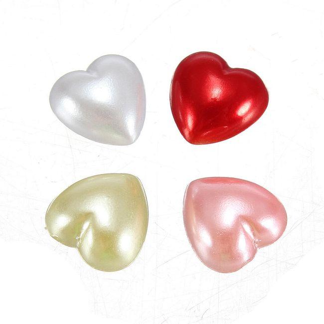 Nalepovací dekorace na nehty ve tvaru srdíček - na výběr ze 4 barev 1