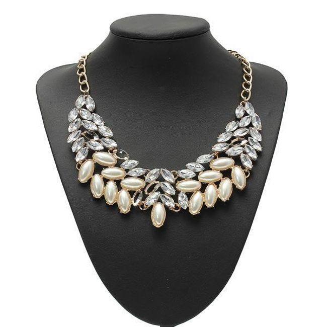 Elegantní náhrdelník s perličkami a krystalky 1