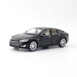 Модель автомобиля Tesla Model S