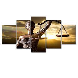 Keret nélküli kép az igazságosság istennőjével