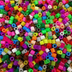 Mărgele ovale în diverse culori