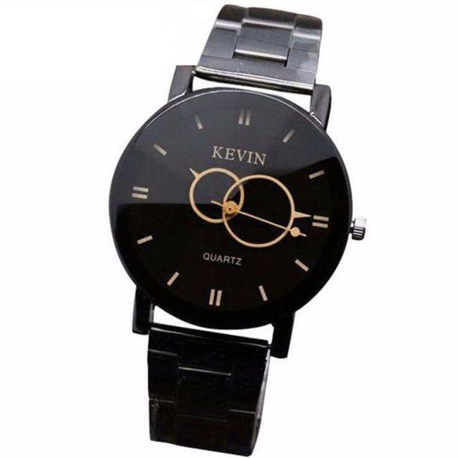 Аналогов часовник в елегантен дизайн 1