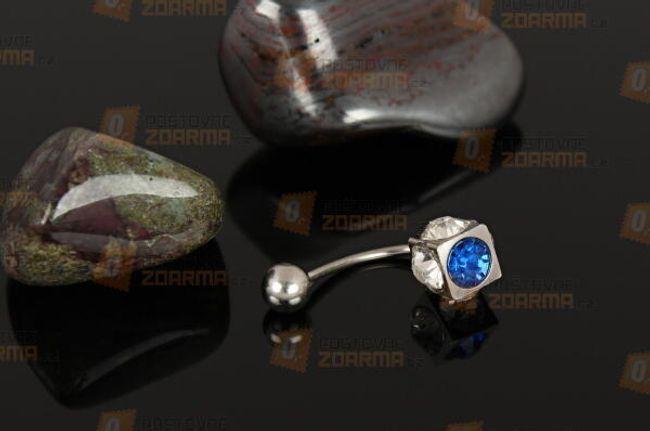Piercing kis kővel 1
