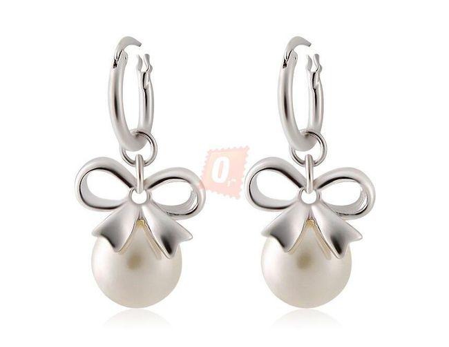 Kolczyki z perłą w kolorze srebrnym 1