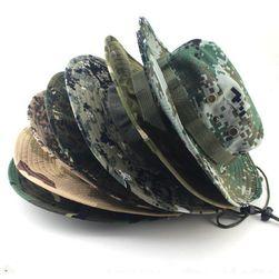 Katonai kalap több színváltozatban
