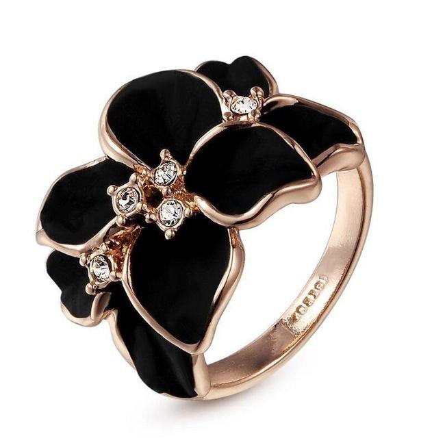 Gyűrű virággal 1