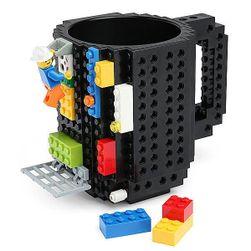 Kreativni šolja sa motivima lego kocki