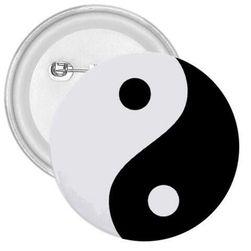 Przypinka yin i yang