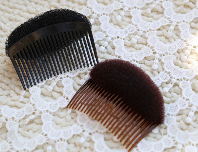 Színes hajszivacs fésű - 2 színben 1