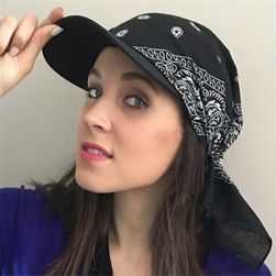 Женская кепка SB221