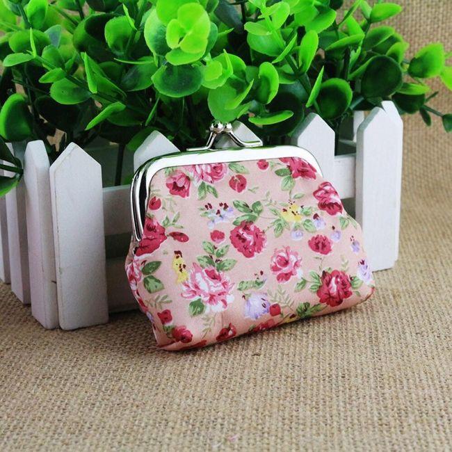 Kis retro pénztárca virág mintával