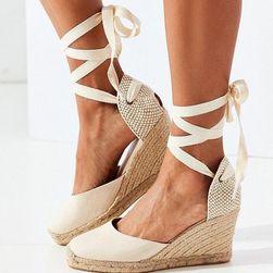 Dámské sandály na klínku Marjolaina