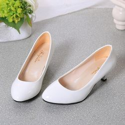 Women´s court shoes Izabelle velikost 37,5