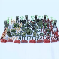 Комплект пластмасови войници