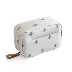 Toaletna torbica za kozmetiko M382