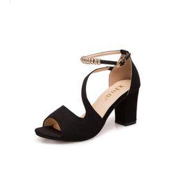 Sandale cu toc inalt