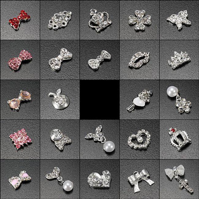 Naklejane ozdoby na paznokcie - różne motywy 1