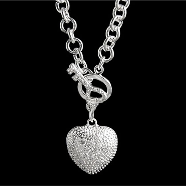 Naszyjnik z sercem i kluczem 1