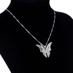 Női lánc 3D pillangóval