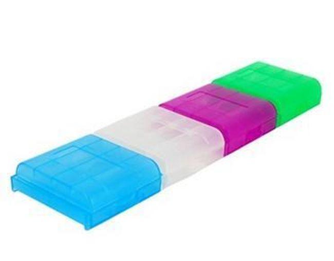 Zestaw praktycznych pudełeczek na 4 AA/AAA baterie - 4 sztuki 1
