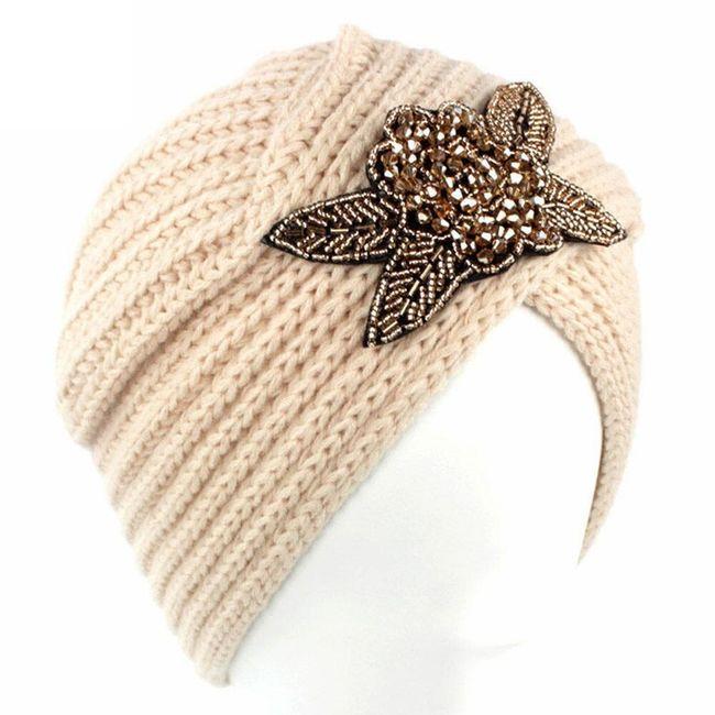 Pletená čepice se třpytící ozdobou - 6 barev 1