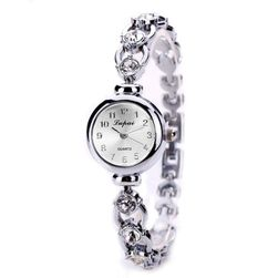 Женские наручные часы B06939