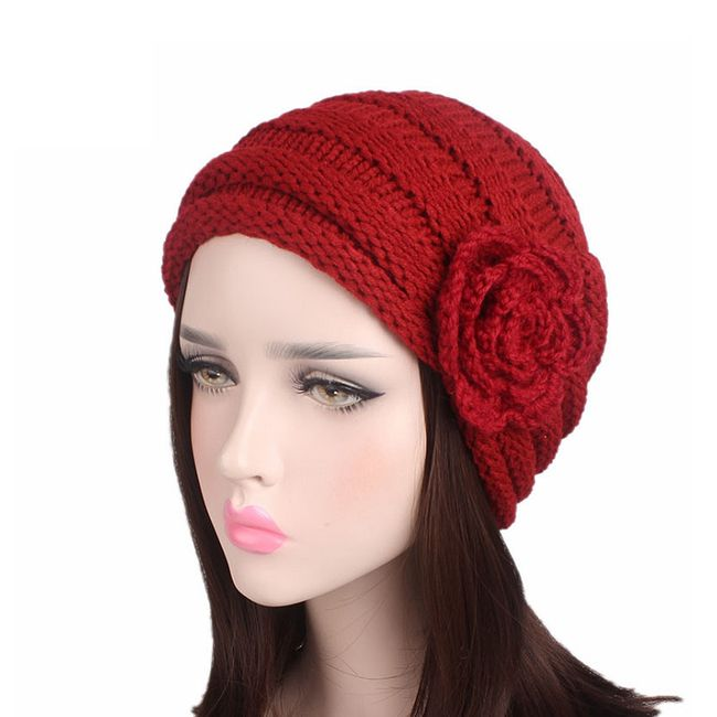 Stylová pletená dámská čepice s růží - 5 barev 1