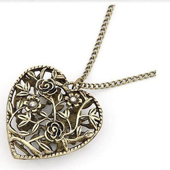Vintage naszyjnik z wisiorkiem w kształcie serca przeplatanego różami 1