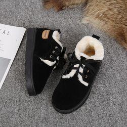 Дамски зимни обувки KMN25
