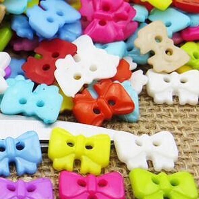 Raznobarvni gumbki - različnih oblik 1