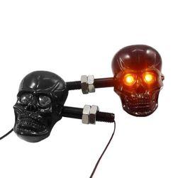 Lumini originale în formă de craniu
