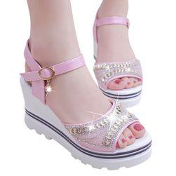 Ženske sandale na platformu Bertolda
