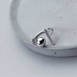 Dámský minimalistický prsten