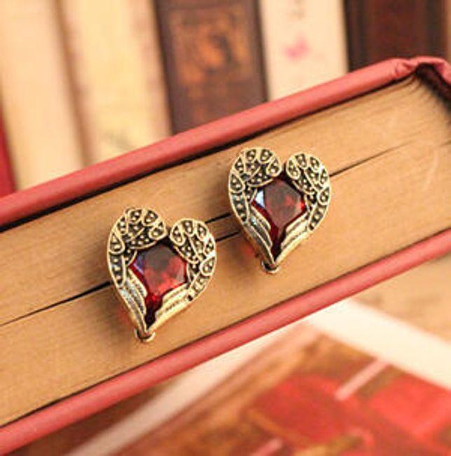 Kolczyki w kształcie serca z czerwonym kamieniem 1